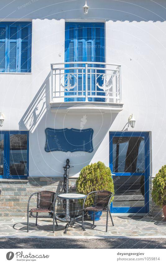 Ferien & Urlaub & Reisen alt blau schön weiß Sommer Haus Straße Architektur Gebäude Tür Tourismus Insel Europa Kultur Dorf