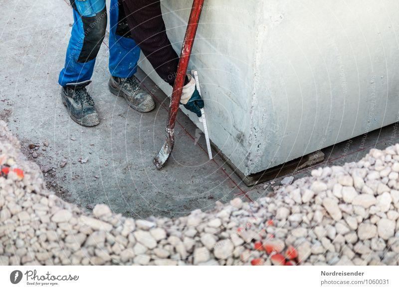 Auf Arbeit | Passt Hausbau Arbeit & Erwerbstätigkeit Beruf Handwerker Arbeitsplatz Baustelle Werkzeug Messinstrument Maßband Mensch 1 Bauwerk Arbeitsbekleidung