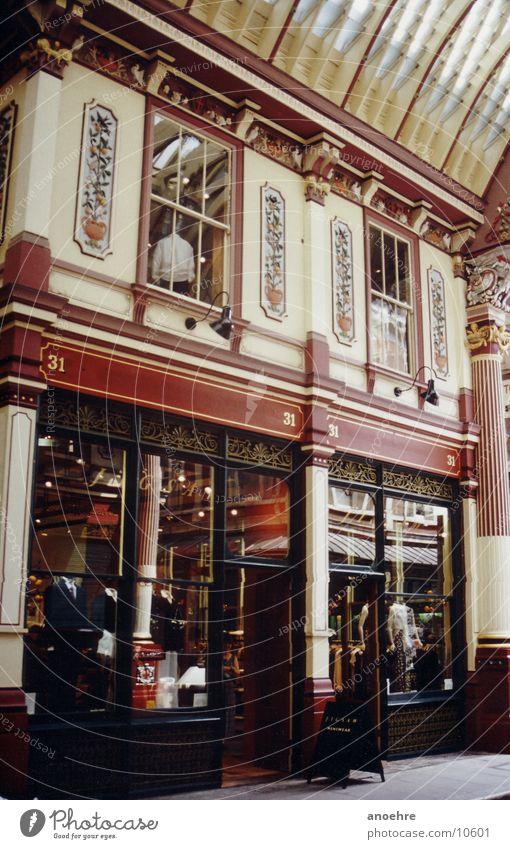 London Shopping Gebäude historisch Architektur Arcaden