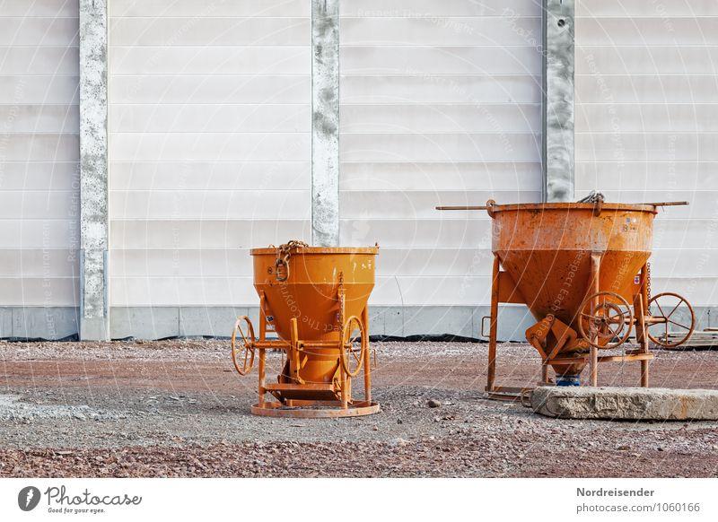 Baustelle Arbeit & Erwerbstätigkeit Beruf Arbeitsplatz Güterverkehr & Logistik Feierabend Werkzeug Maschine Baumaschine Bauwerk Gebäude Architektur Mauer Wand