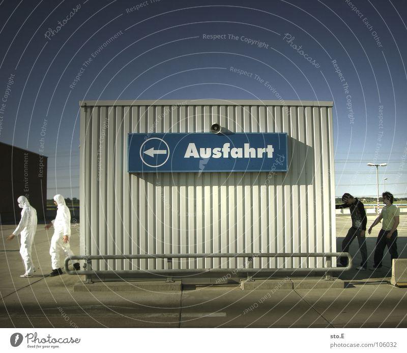 bekleidungshaus Kerl 2 Aktion Anzug weiß Sicherheit Schutzanzug Arbeitsbekleidung Pentium Arbeitsschuhe Stahlkappe Maske Schutzmaske Atemschutzmaske Parkplatz