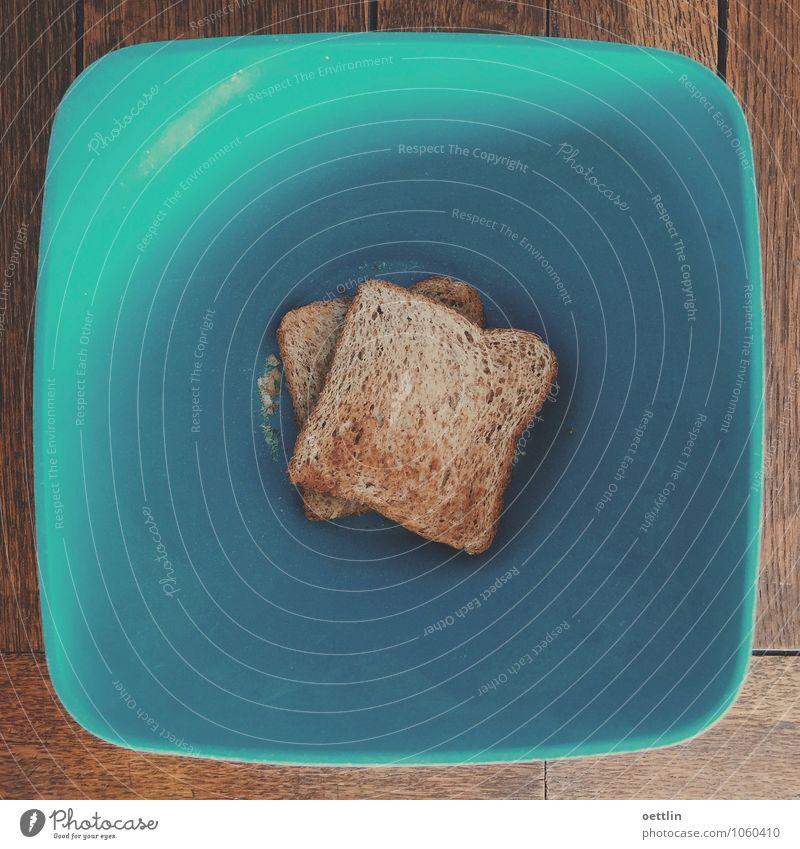 Toast auf Blau Lebensmittel Brot Brötchen Ernährung Frühstück Schalen & Schüsseln Holz Kunststoff Diät Essen füttern Coolness Duft eckig einfach fest