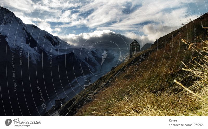 Marmots District Farbfoto Außenaufnahme Berge u. Gebirge wandern Natur Landschaft Himmel Wolken Alpen Gipfel Gletscher ästhetisch Einsamkeit einzigartig
