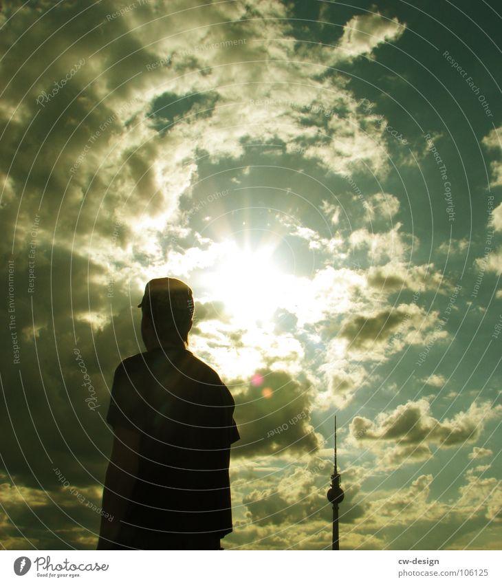 Jahrassic Soundbwoyz outta Berlin III Himmel Jugendliche blau weiß Sonne Wolken schwarz dunkel Graffiti springen Lampe Kunst 2 Deutschland
