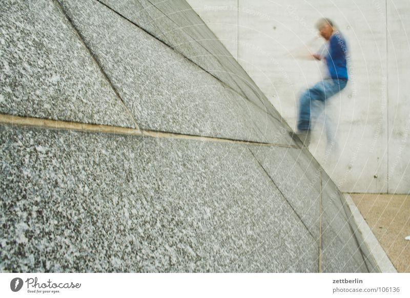 Steigung aufsteigen Sockel Wand Fuge Karriere Spielen Freizeit & Hobby Jugendliche steigungswinkel verrückt Lebenslauf laufen Klettern aufwärts Freude Schüler