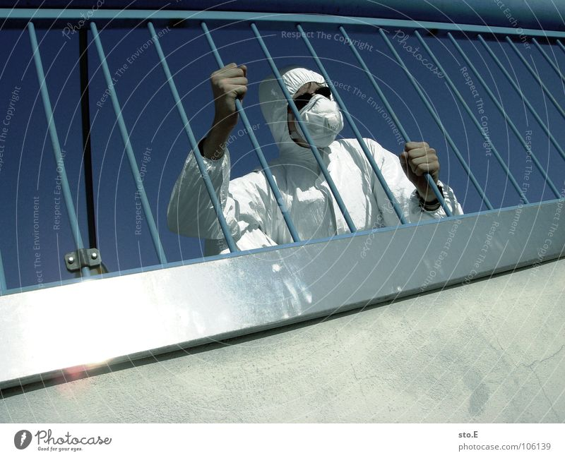 hoffnungslos Kerl 2 Aktion Anzug weiß Sicherheit Schutzanzug Arbeitsbekleidung Pentium Arbeitsschuhe Stahlkappe Maske Schutzmaske Atemschutzmaske Parkplatz