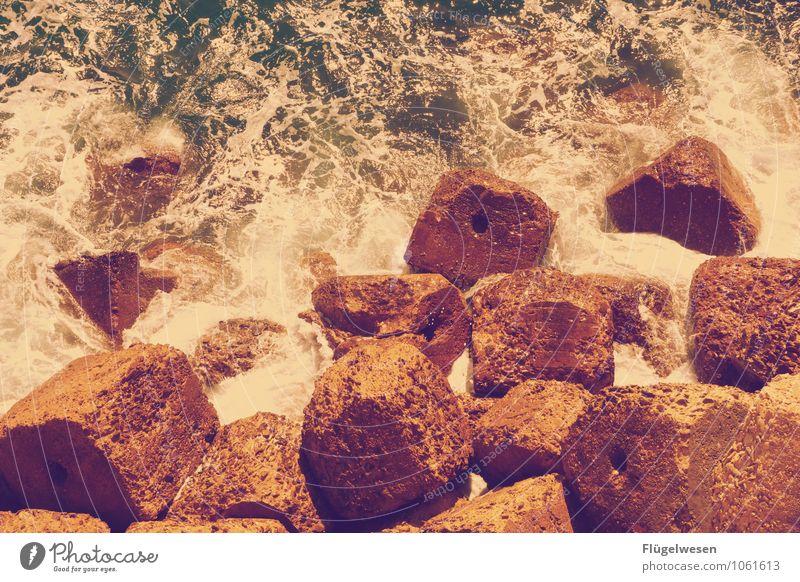 Brocken Bruchstück Stein Felsen Wasser Meer Sturm Wellen Wellengang
