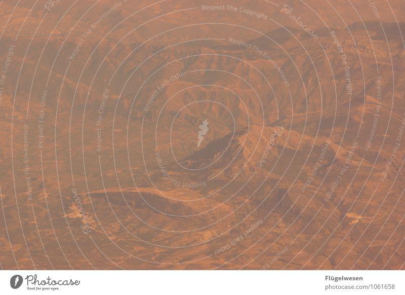 Fly Away 6 Vogelperspektive fliegen Luftverkehr Flugzeug Aussicht Blick schauen Fluss Berge u. Gebirge Ferien & Urlaub & Reisen Wolken Feld Wüste Sand Wald