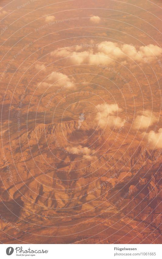 Fly Away 11 Vogelperspektive fliegen Luftverkehr Flugzeug Aussicht Blick Fluss Berge u. Gebirge Ferien & Urlaub & Reisen Wolken Feld Wüste Sand Wald