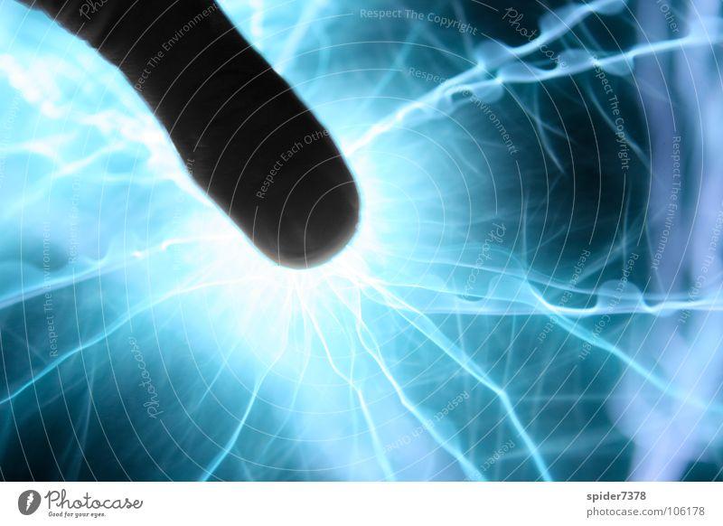 Power in the thumb Hand Kraft Finger Elektrizität Wissenschaften Daumen Industriekultur Tesla