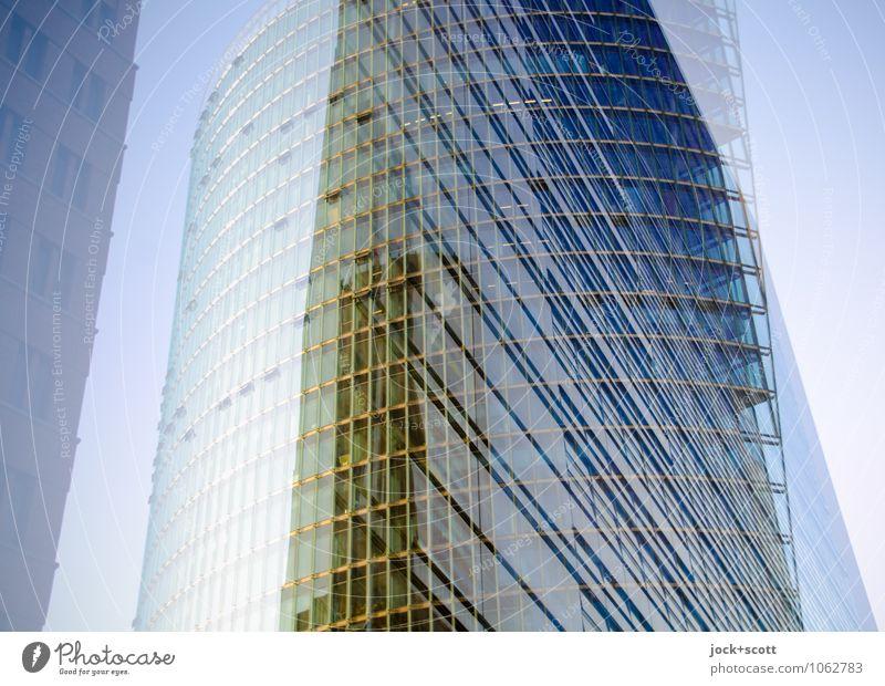 runde Kante am Potsdamer Platz Architektur Berlin-Mitte Hochhaus Glasfassade Linie groß modern Willensstärke Einigkeit innovativ komplex Netzwerk Illusion