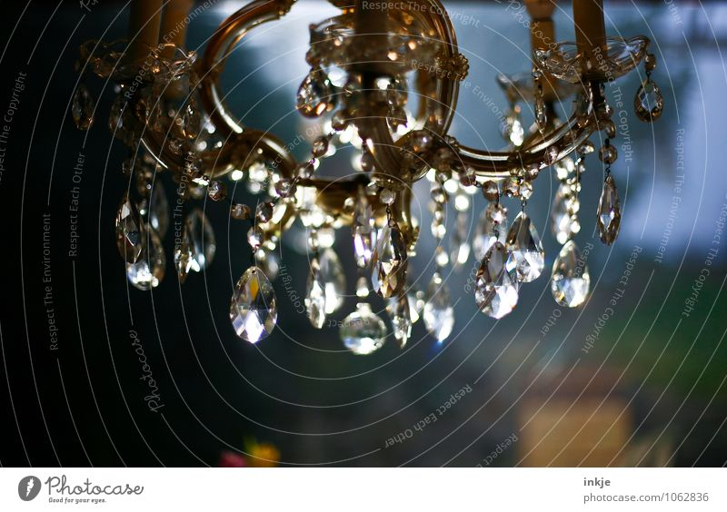 the bling thing Lifestyle Reichtum Stil Häusliches Leben Innenarchitektur Dekoration & Verzierung Lampe Kronleuchter hängen historisch schön ästhetisch elegant