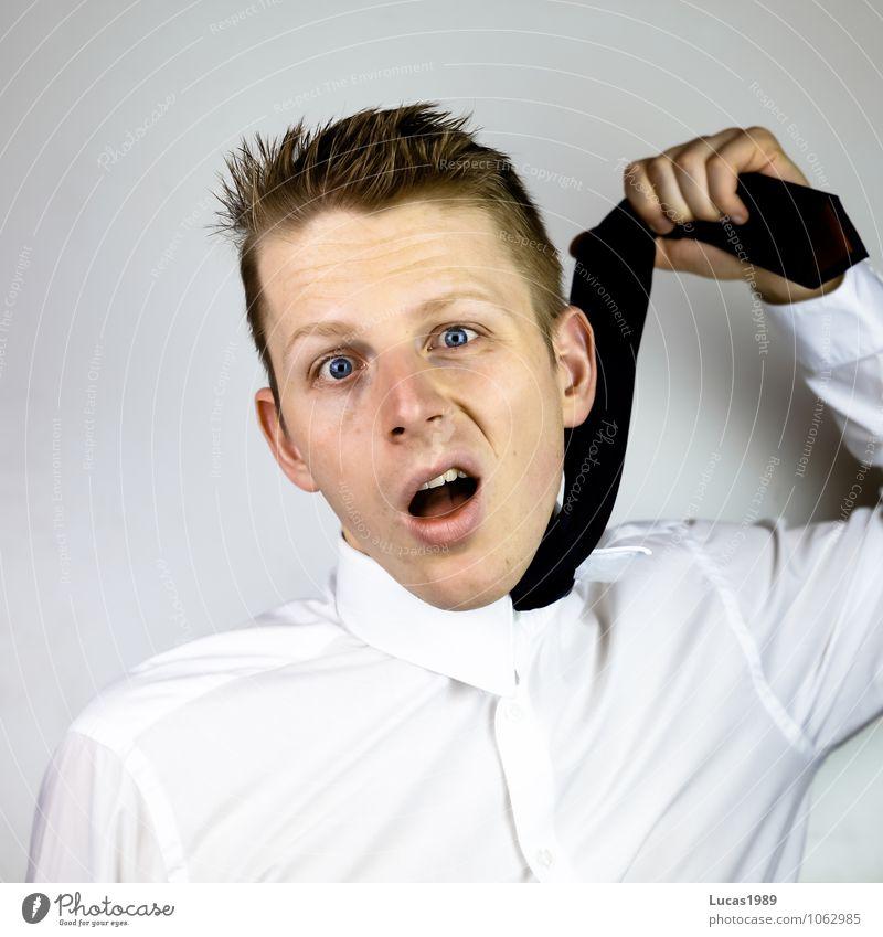 keine Luft bekommen Business Überarbeitung Erschöpfung Mensch maskulin Junger Mann Jugendliche Erwachsene 1 18-30 Jahre Hemd Krawatte Haare & Frisuren blond