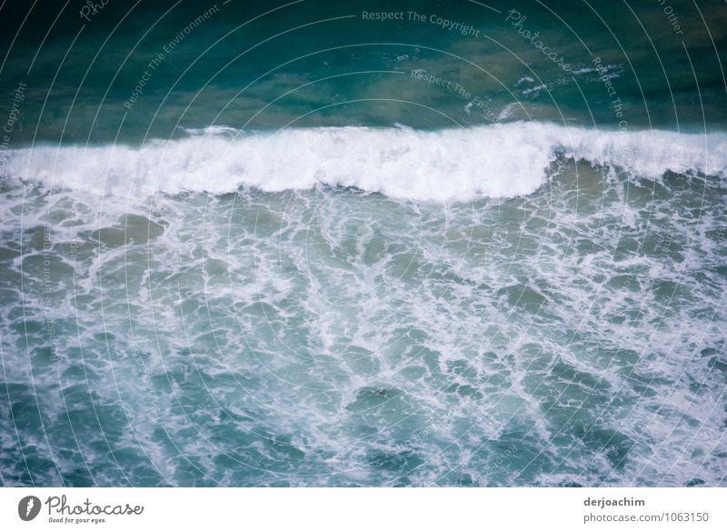 Wildes Wasser Natur blau Sommer Erholung Meer ruhig Freude außergewöhnlich oben leuchten Zufriedenheit Lächeln fantastisch beobachten Schönes Wetter