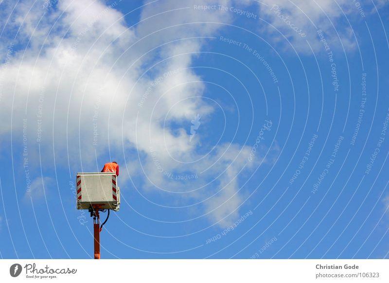 Himmelsstürmer blau Wolken orange Handwerk Kran Arbeiter zusätzlich Straßenbau Hubwagen