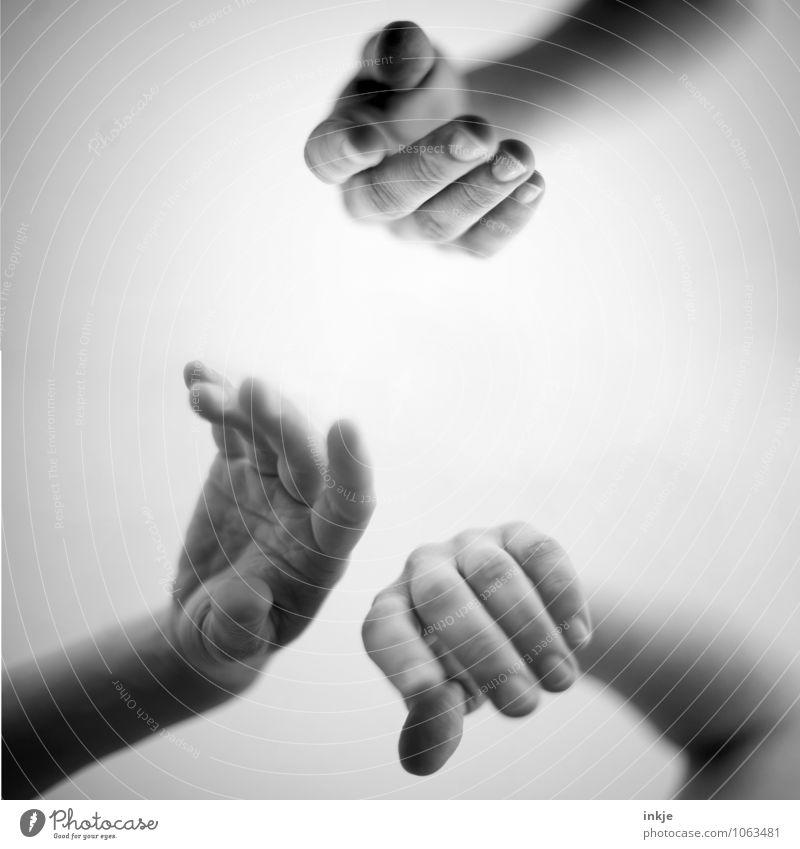 gemeinsam abhängen Mensch Erholung Hand Erwachsene Leben Gefühle feminin Lifestyle Zusammensein Freundschaft maskulin Freizeit & Hobby Zufriedenheit warten Kommunizieren Coolness
