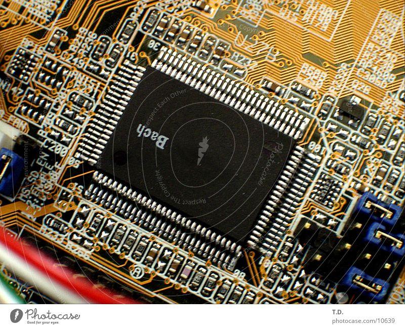 Chip Platine Technik & Technologie Kontakt Mikrochip Elektrisches Gerät Leiterbahn Motherboard
