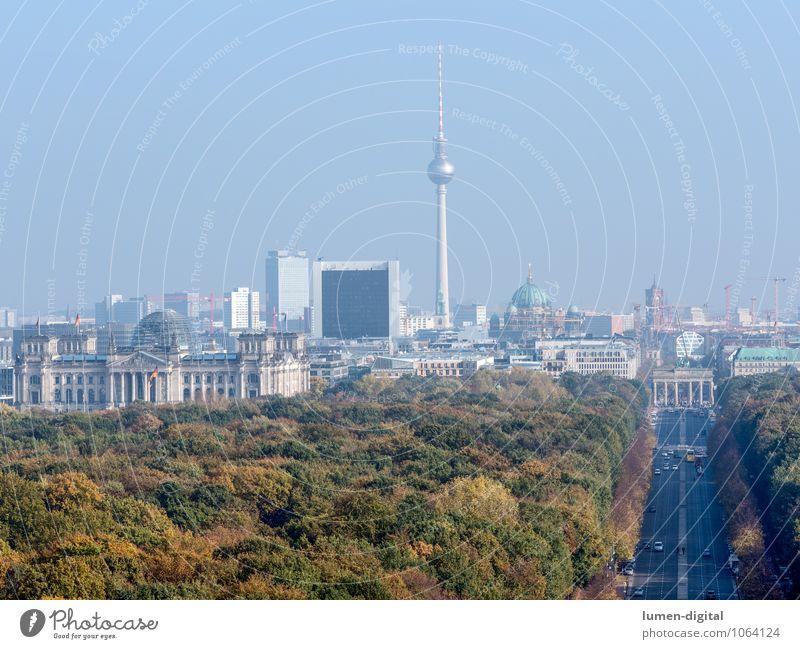 Berlin Herbst Park Deutschland Europa Stadt Hauptstadt Stadtzentrum Skyline Dom Rathaus Deutscher Bundestag Berliner Fernsehturm Tiergarten Verkehrswege