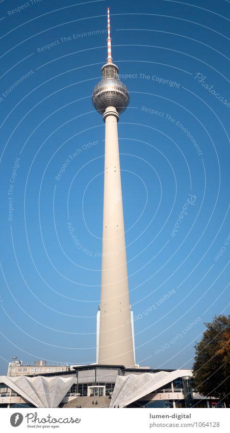 Berliner Fernsehturm Design Ferien & Urlaub & Reisen Sightseeing Fernsehen Stadt Hauptstadt Stadtzentrum Turm Architektur Sehenswürdigkeit Bekanntheit hoch blau