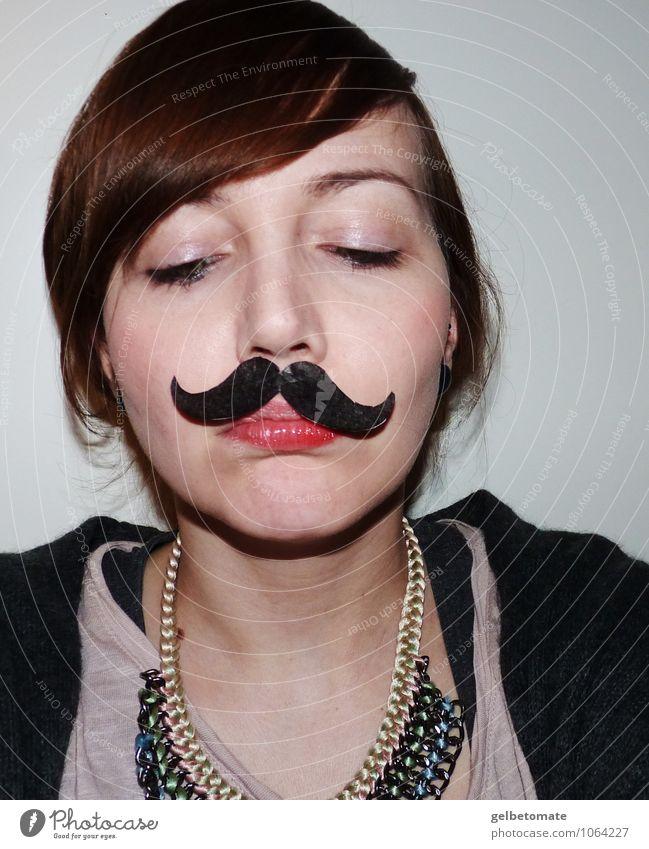 Madame Mustache III Mensch Frau Jugendliche Junge Frau 18-30 Jahre kalt Erwachsene Gesicht Gefühle feminin Stil lachen Freizeit & Hobby Lächeln Coolness Bart