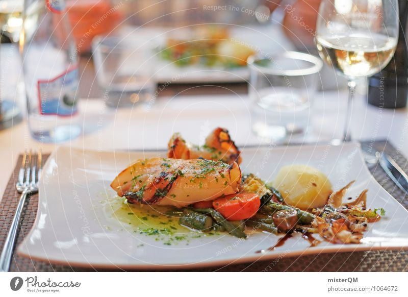 Spanish Food I Gesunde Ernährung Speise Kunst Foodfotografie Zufriedenheit ästhetisch Fisch Wein lecker mediterran Mallorca Restaurant Mahlzeit Meeresfrüchte Tintenfisch