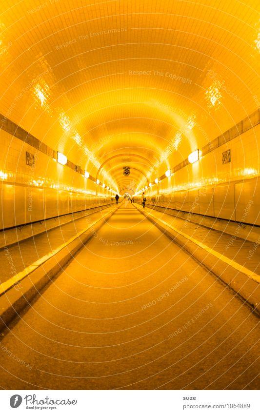 Die Flucht gelb Straße Architektur Wege & Pfade Deutschland leuchten Verkehr Perspektive Beginn Europa Zukunft Industrie Hamburg Güterverkehr & Logistik historisch Ziel