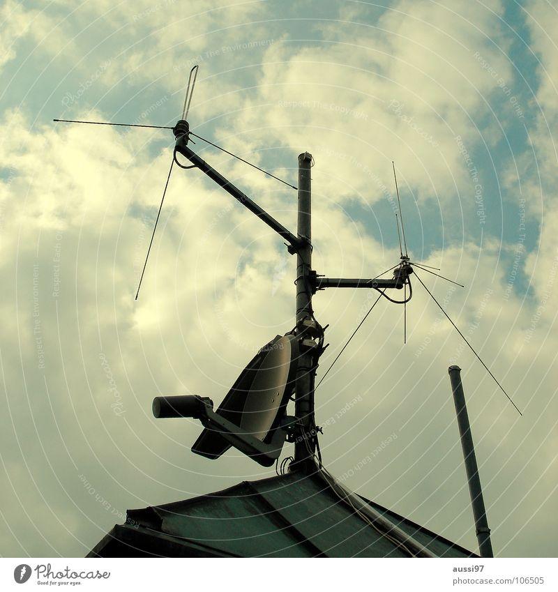 Hertzschmerz III Hochhaus Dach Kommunizieren Etage Strahlung Antenne Smog Krebstier senden Penthouse Frequenz Rundfunksendung Sendeleistung