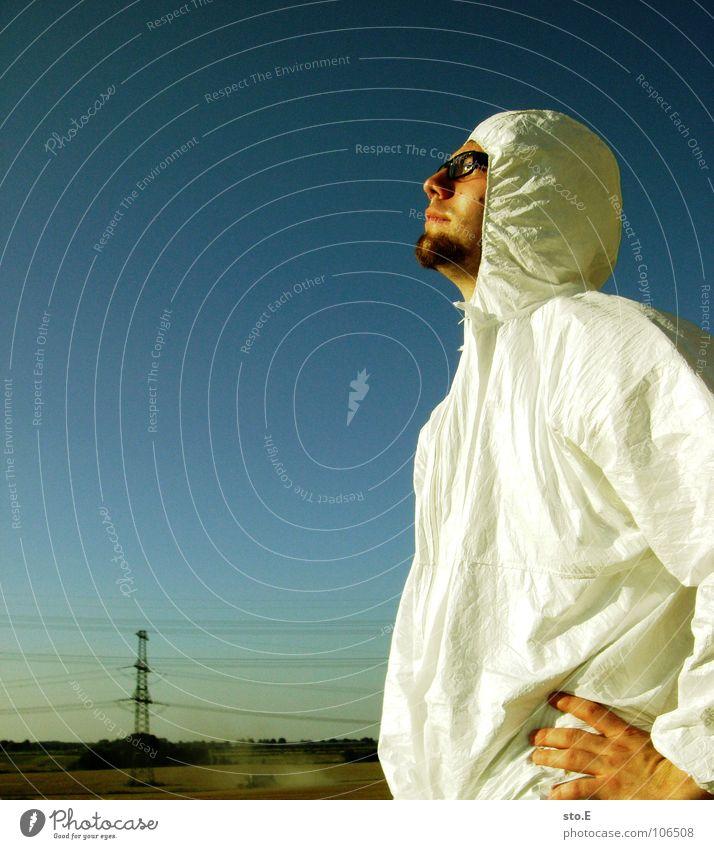 kontrastreich Kerl Aktion Anzug weiß Sicherheit Schutzanzug Arbeitsbekleidung Pentium Arbeitsschuhe Stahlkappe Maske Schutzmaske Atemschutzmaske Parkplatz