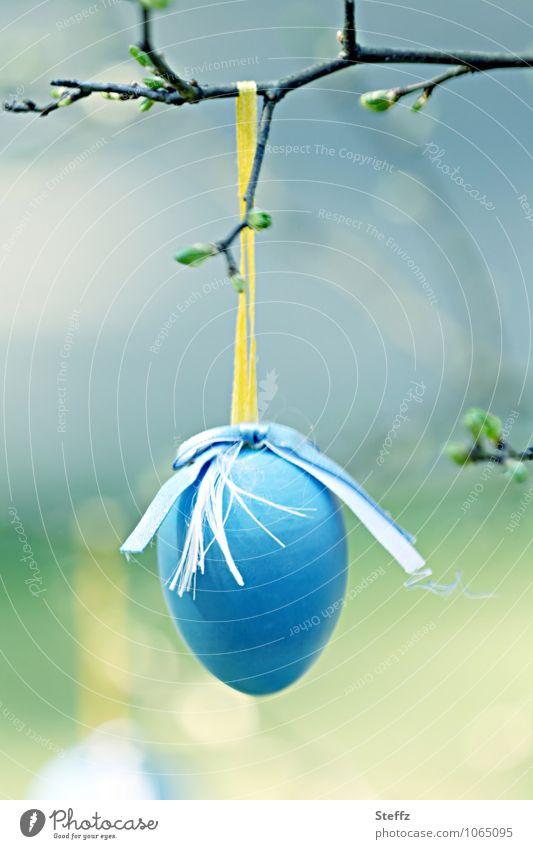 bald Ostern.. Natur blau gelb Frühling Dekoration & Verzierung Kultur Zweig Tradition Vorfreude Blattknospe Frühlingsgefühle Osterei Pastellton Ritual April