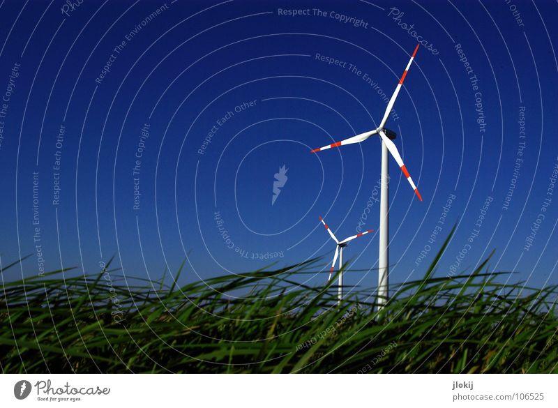 Generators III Himmel Wiese Gras Luft Kraft Feld Industrie Energiewirtschaft Elektrizität Rasen Netz Klarheit Windkraftanlage Unternehmen drehen
