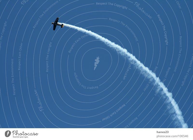 Ju-Days Flugzeug Kunstflug Schleife Kondensstreifen Himmel Motorsport Freizeit & Hobby Luftverkehr blau Achterbahn
