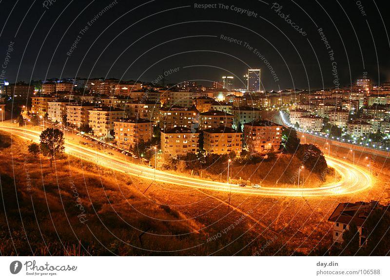 Levent / Istanbul @ Night Haus Straße Wohnung Platz Skyline Verkehrswege Kurve Licht Stadt Türkei Istanbul Wohngebiet