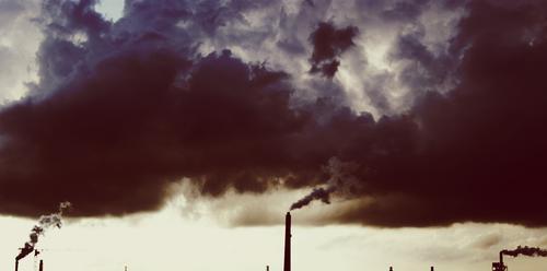 Wandel Wolken Umwelt Energiewirtschaft Klima Rauch Abgas Schornstein Klimawandel aufsteigen Stromkraftwerke Kohle Heizkraftwerk resignieren vergiftet