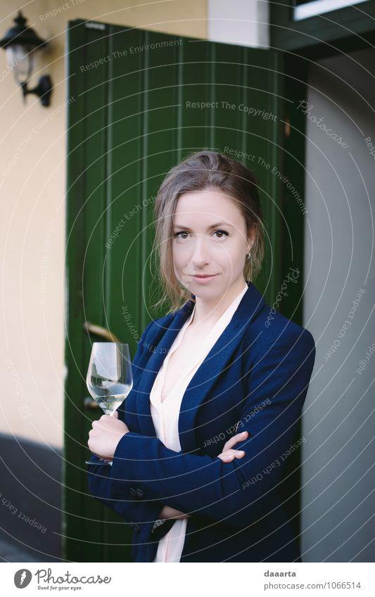 Mittagessen Weinrebe Getränk Glas Lifestyle elegant Stil Freude Leben harmonisch Sinnesorgane Erholung Freizeit & Hobby Abenteuer Feste & Feiern feminin