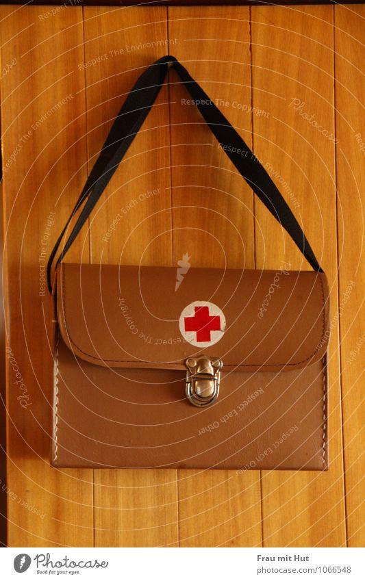 Notfallkoffer rot Gesundheit braun Gesundheitswesen Arbeit & Erwerbstätigkeit Zeichen Hilfsbereitschaft Beruf Krankheit Schmerz Arzt Kreuz Fürsorge Krankenhaus