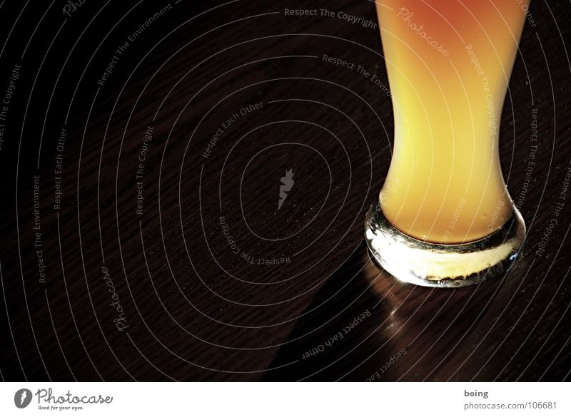sich Photocase liebenswert saufen Imbiss Bier Hefe Weizenbier Gischt Ernährung Bierglas Biergarten Wanderausflug Biermischgetränk Sommer Zischen