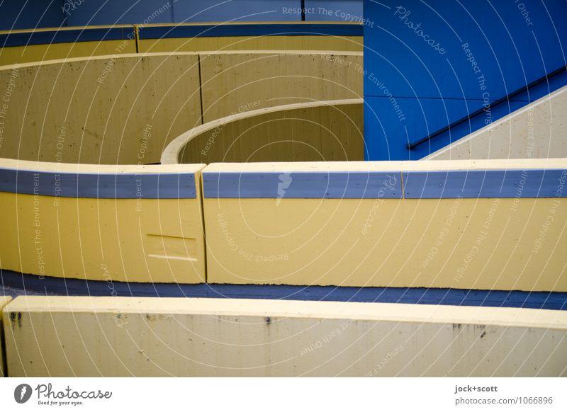 Beton trifft blau kalt Umwelt Wand Wege & Pfade Mauer Linie trist modern Streifen viele Netzwerk lang Verkehrswege Mobilität