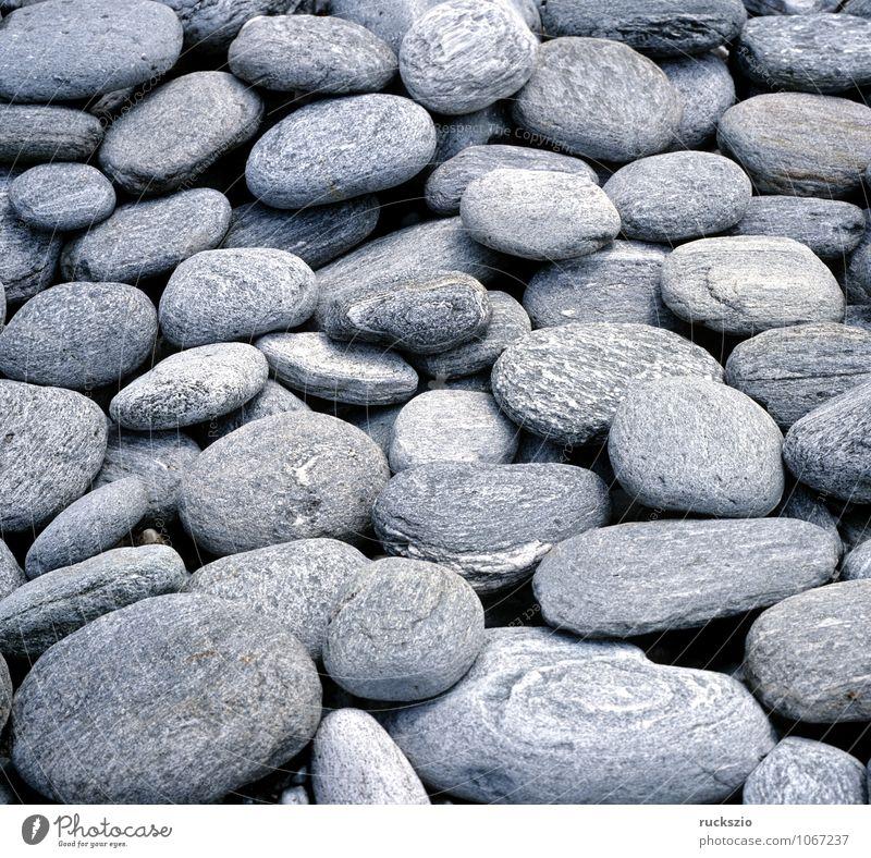 Steine; steiniges Flussbett, Kieselsteine Strand Sand rund grau Flusssteine abgeschliffene Kiesgestein Kieselgestein Sedimentgesteine Pebble stones pebbles