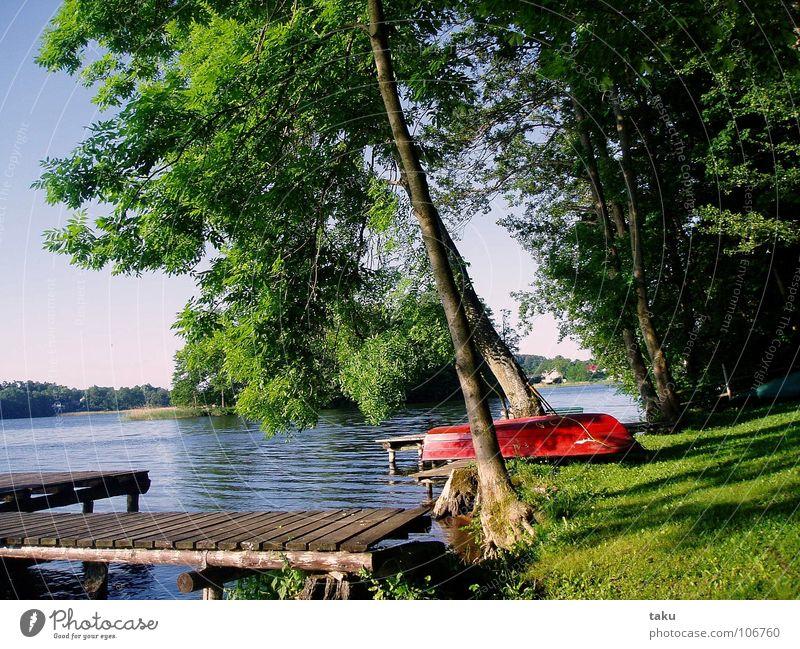 FISHING-BOAT Kanutour Steg Fischerboot rot ruhig Einsamkeit Idylle Seerosen Ereignisse finden Arbeit & Erwerbstätigkeit Camping Polen masuren sorkwity gieladsee