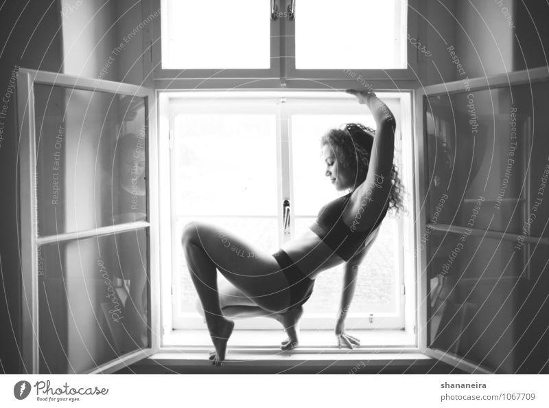 Ainy Sport Fitness Sport-Training Yoga Tanzen Mensch feminin Junge Frau Jugendliche Körper 1 18-30 Jahre Erwachsene ästhetisch sportlich muskulös dünn schön