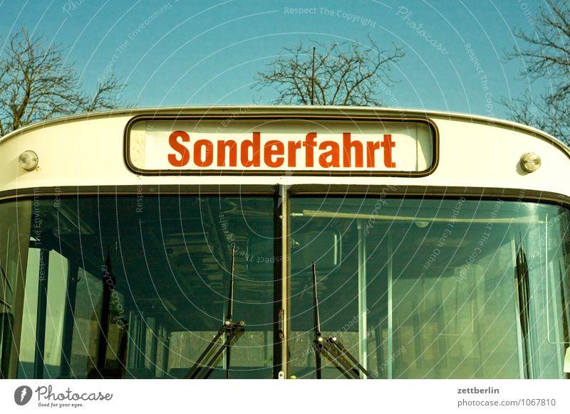 Sonderfahrt Bus sonderfahrt fahren Busfahren Ferien & Urlaub & Reisen Reisefotografie Berufsverkehr Schilder & Markierungen Typographie Schriftzeichen
