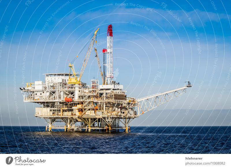 Ölbohrinsel blau Pflanze Meer Umwelt natürlich Energie Technik & Technologie Insel Industrie Fabrik Röhren Stahl Erdöl Maschine Umweltverschmutzung industriell