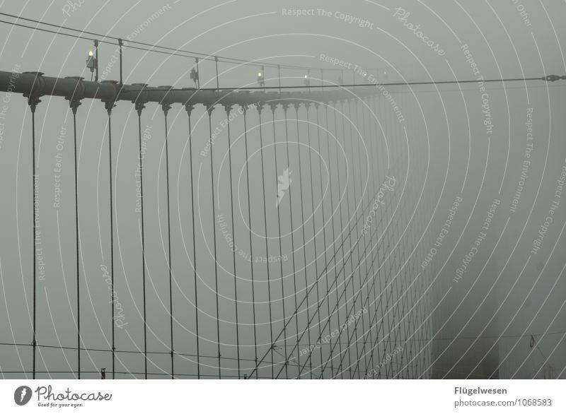 Brooklyn Bridge Ferien & Urlaub & Reisen Sightseeing Städtereise Klima Wetter Nebel Skyline überbevölkert Brücke Architektur Sehenswürdigkeit Respekt