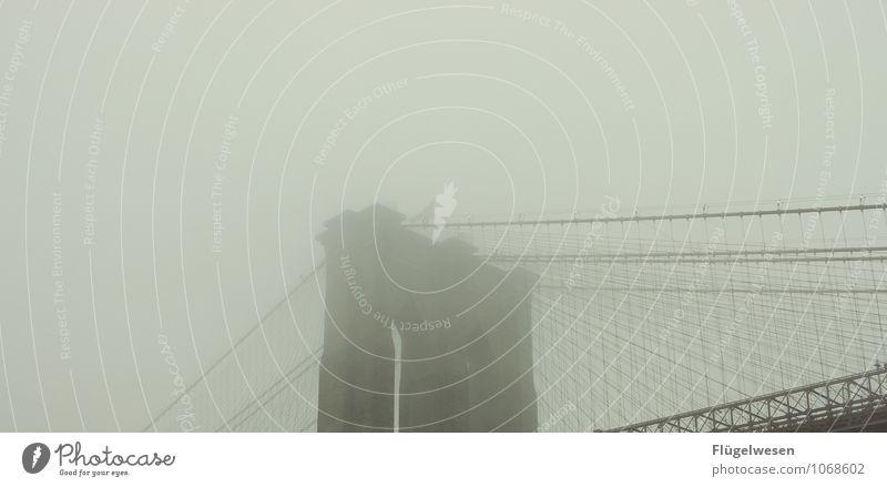 Broglin Bridsch II Ferien & Urlaub & Reisen Tourismus Ausflug Abenteuer Ferne Freiheit Sightseeing Städtereise schlechtes Wetter Unwetter Wind Nebel Skyline