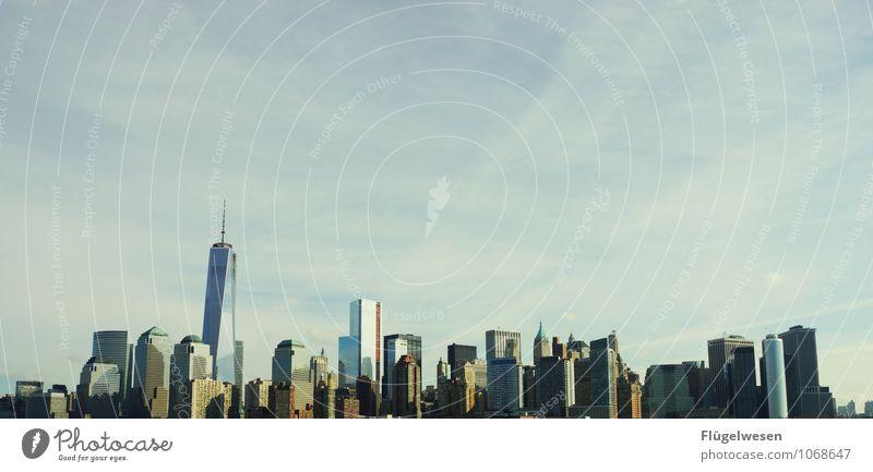 City of New York Skyline v) Ferien & Urlaub & Reisen Tourismus Ausflug Abenteuer Ferne Freiheit Sightseeing Städtereise überbevölkert Hochhaus Bauwerk Gebäude