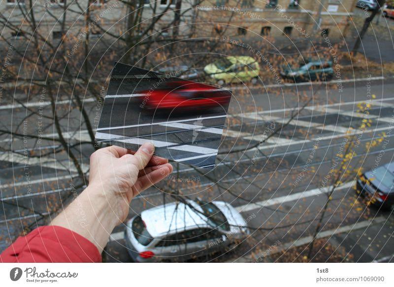 bild-im-bild-technologie Stadt rot Haus Bewegung Gebäude Fassade träumen PKW Verkehr Geschwindigkeit Technik & Technologie fahren festhalten Bauwerk