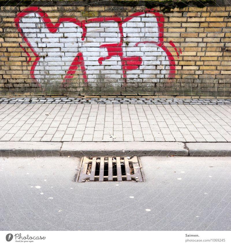 """Ein """"JA"""" für Fußgänger Stadt Mauer Wand Straße Wege & Pfade Optimismus Bordsteinkante Abfluss Gully Stein Asphalt Buchstaben Graffiti Bürgersteig Farbfoto"""