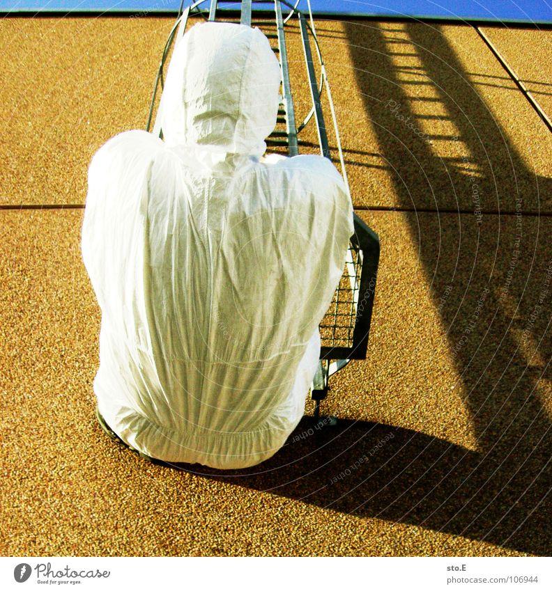 angst halt zu verlieren Kerl Aktion Anzug weiß Sicherheit Schutzanzug Arbeitsbekleidung Pentium Arbeitsschuhe Stahlkappe Maske Schutzmaske Atemschutzmaske