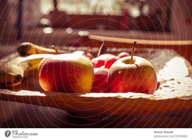 Neulich auf'm Küchentisch I Lebensmittel Frucht Apfel Banane Ernährung Vegetarische Ernährung Schalen & Schüsseln Holzschale Gesundheit authentisch einfach