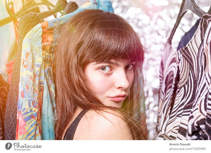Neulich im Kleiderschrank II Mensch Frau Kind Jugendliche schön Junge Frau Erwachsene Gesicht feminin Stil Haare & Frisuren Mode Lifestyle glänzend Design